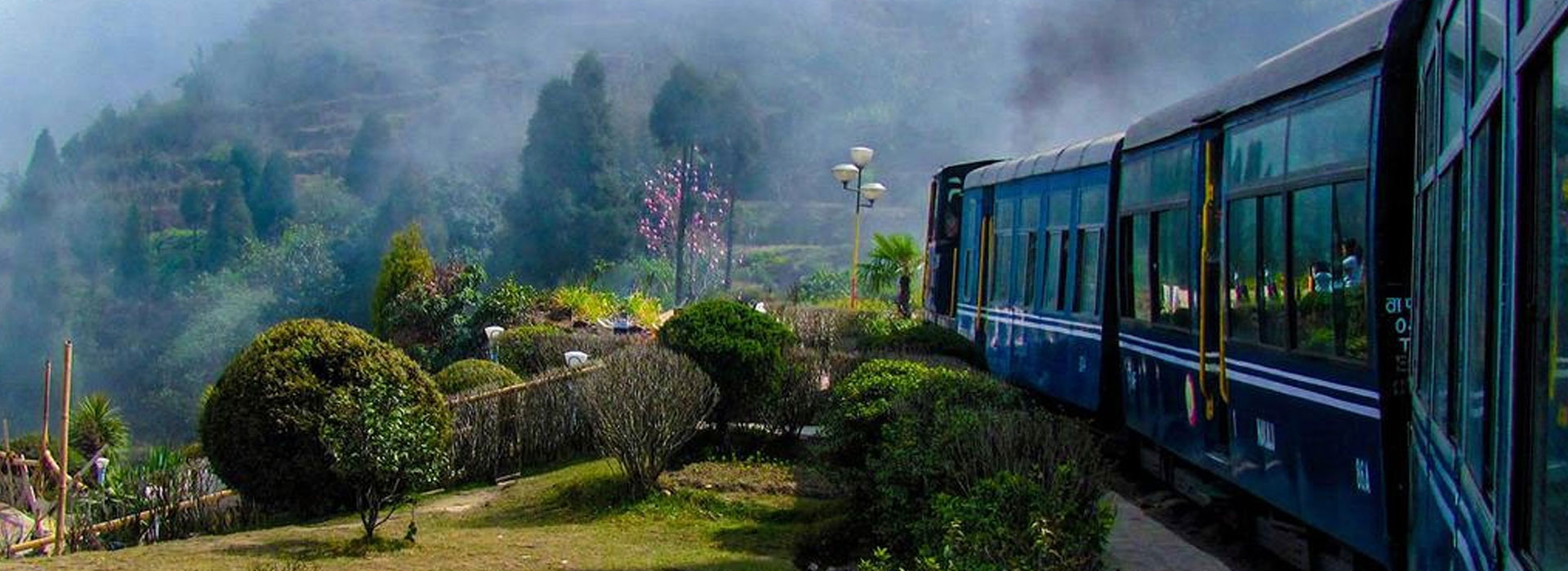 http://rareindia.com/upload/collections/train-tours.jpg
